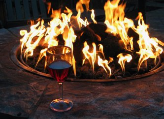 Reasons to Have an Outdoor Fire Pit in Chantilly